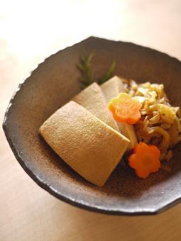 高野豆腐と切干の煮物(450k)